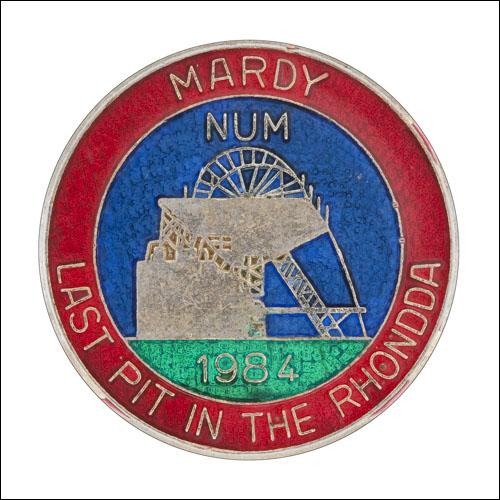 Greetings card of the enamel badge of Mardy Lodge of South Wales Area of the NUM.